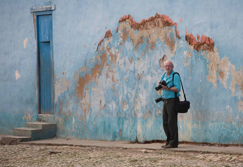Robert Holmes, Cuba